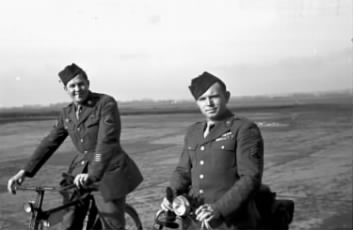 Sgts Clink and Armstrong.jpg