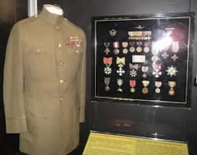 Uniform and medals of Billy Mitchell.jpg