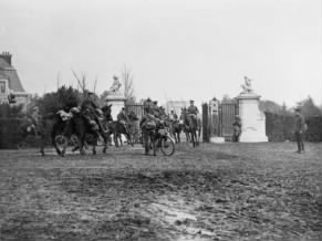 Men of 16th Lancers at the entrance to Hollebeke Chateau, 30 October 1914