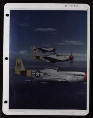 P-51 flying wwii picture