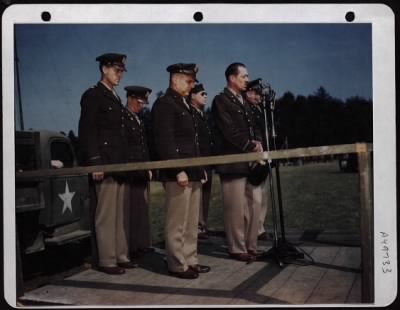 Generals remembering the soldiers that have fallen